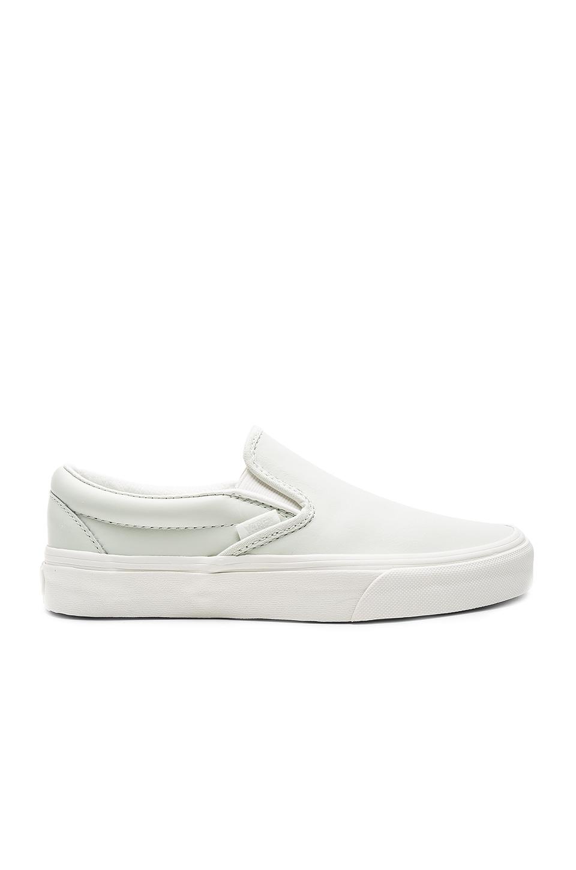 Vans Classic Slip-On Sneaker in Blue & Blanc De Blanc