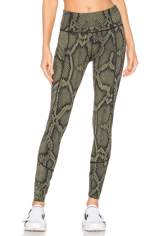 Bedford Snakeskin-Print Tight Leggings in Green