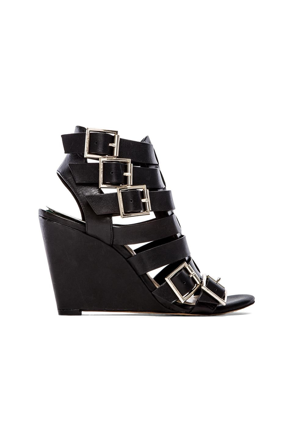 Vince Camuto Martez Wedge in Black