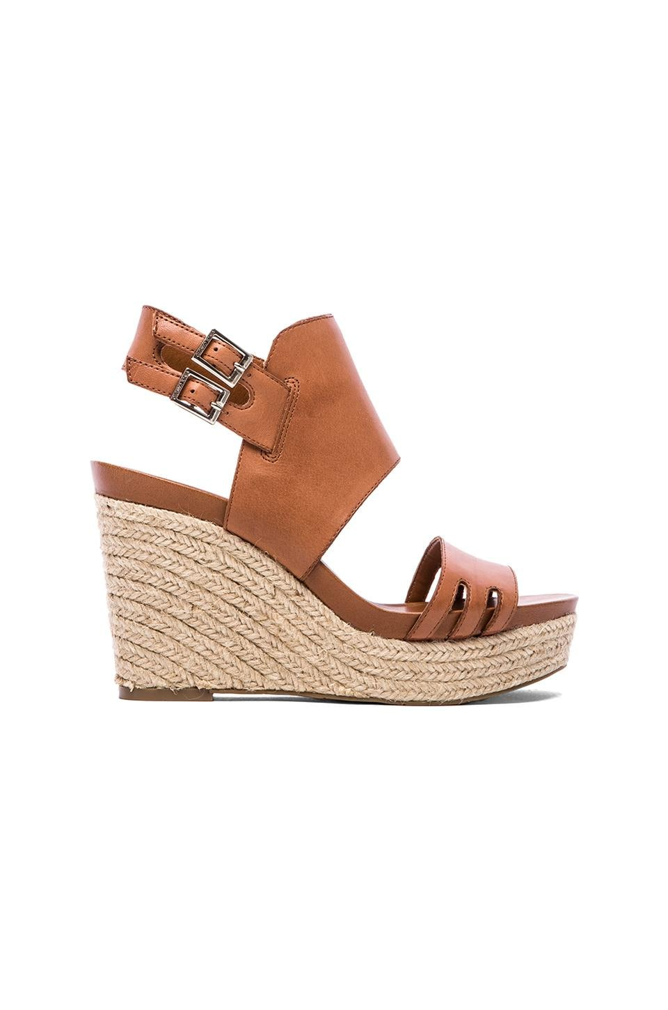 Vince Camuto Temperton Wedge in Fudge/Natural