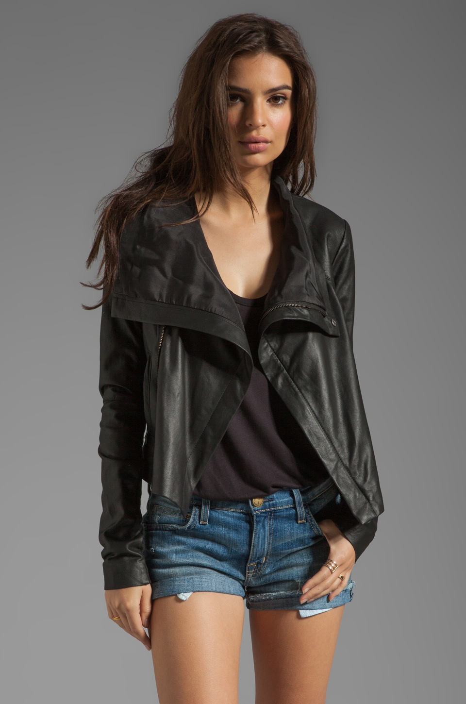 VEDA Max Summer Jacket in Black