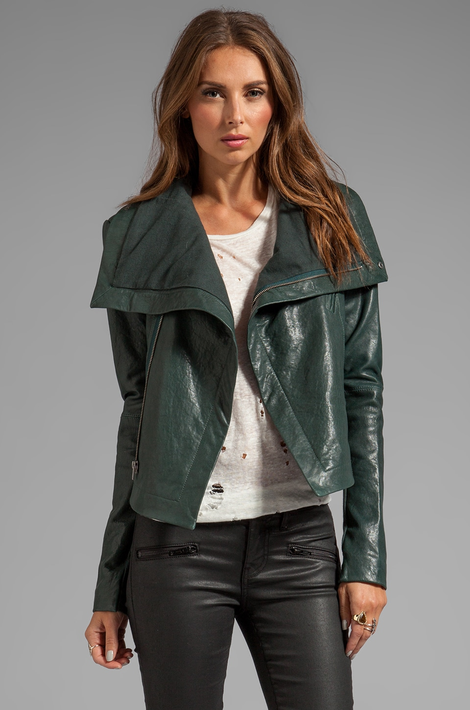 VEDA Max Classic Jacket in Sage