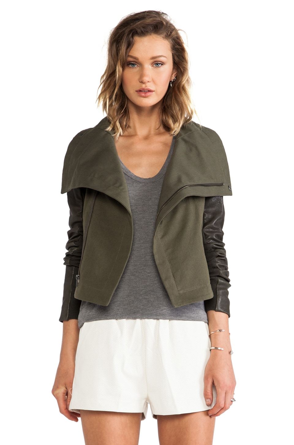 VEDA Max Army Jacket in Army