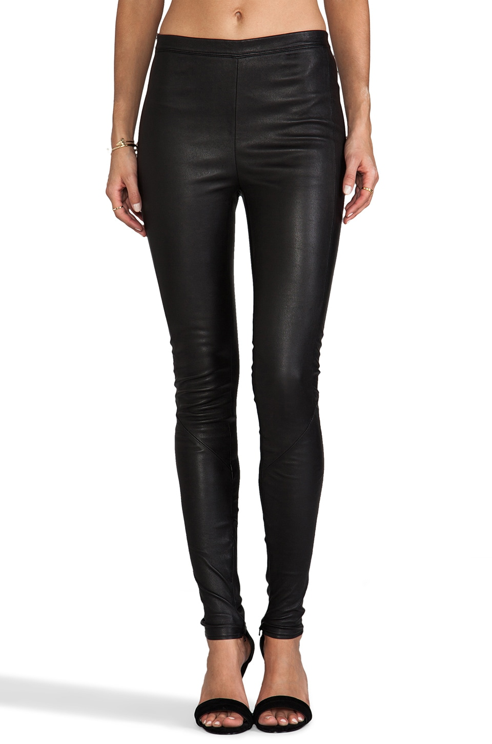 VEDA Zero Leather Pant in Black
