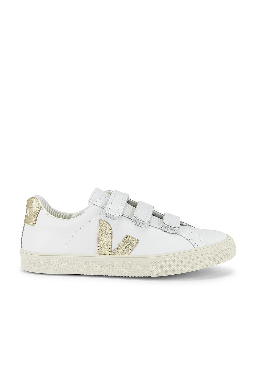 Veja 3-Lock Sneaker in Extra White