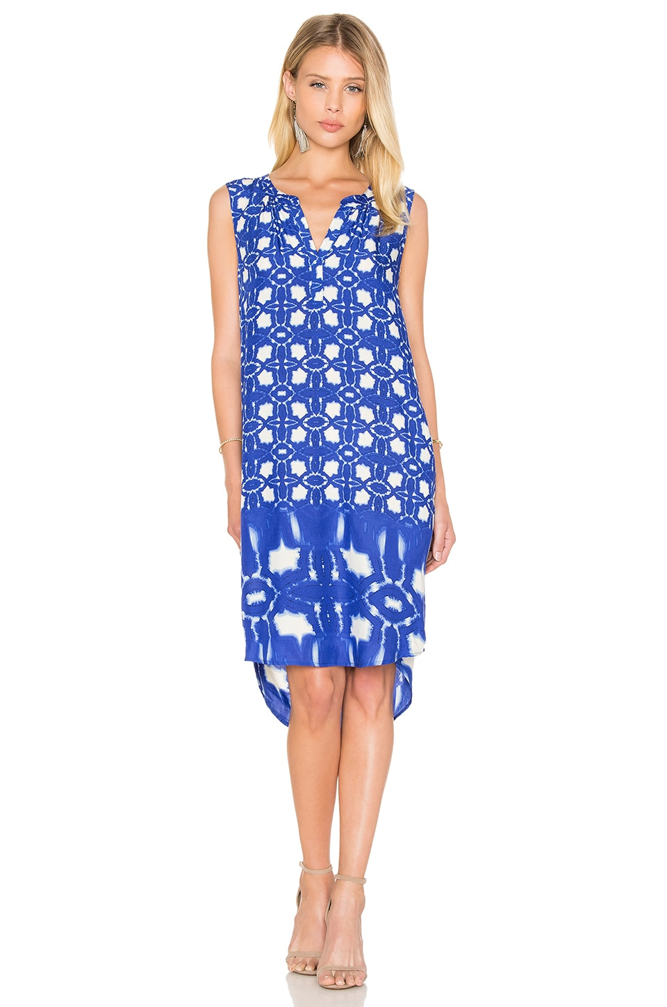 Velvet by Graham & Spencer Bonita Atlantis Print Shift Dress in Blue