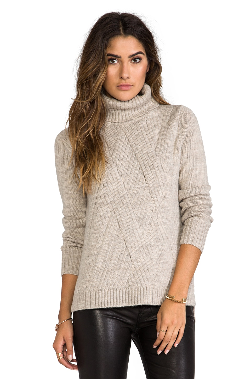 Vince Travelling Rib Turtleneck in Almondine