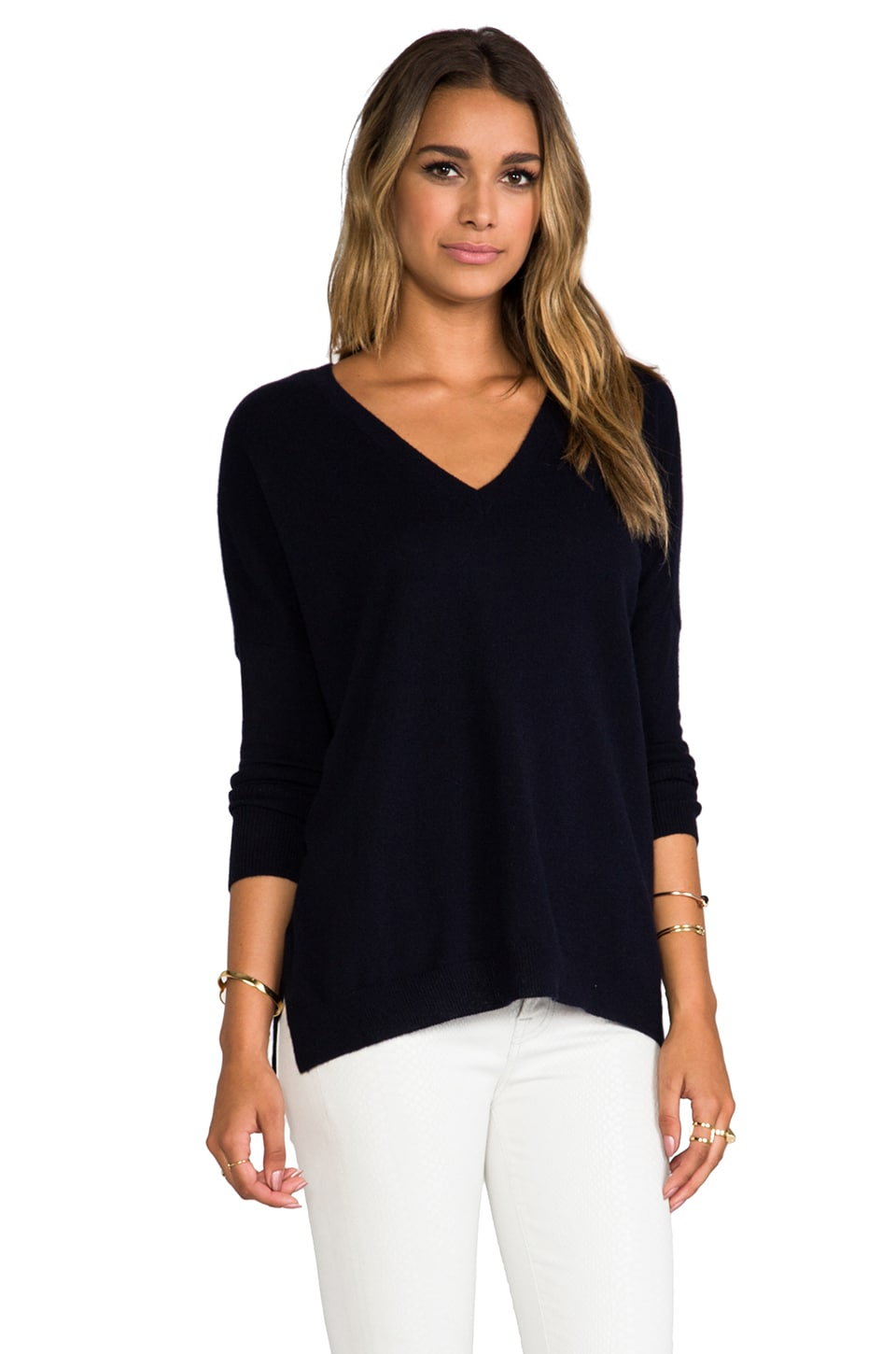 Vince Relaxed Cashmere Double Vee in Coastal