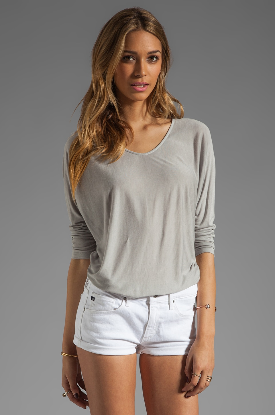 Vince Tees V-neck Top in Dream