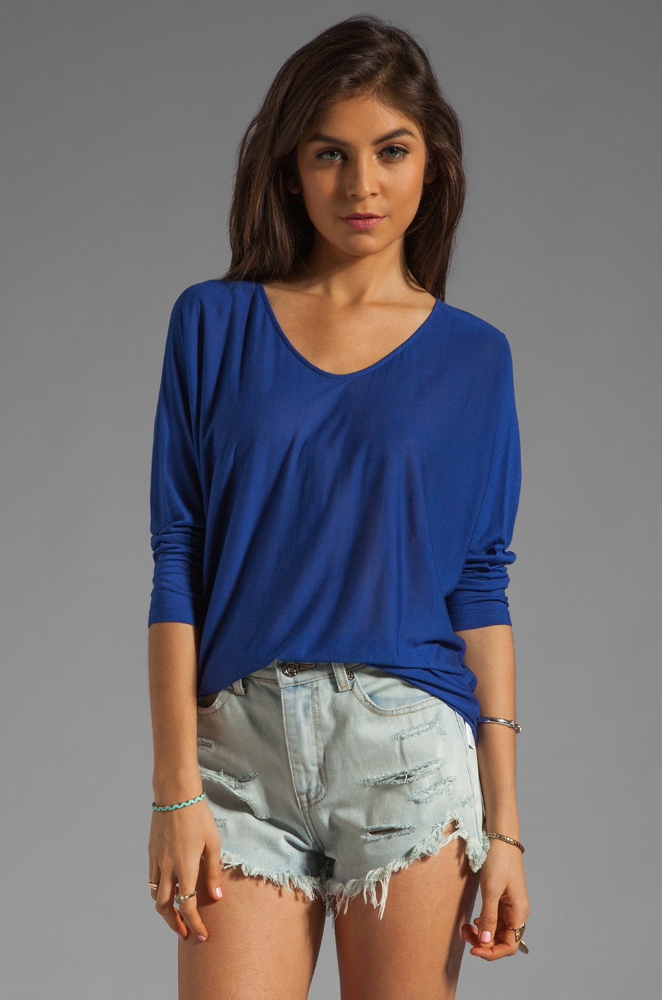 Vince Tees V-neck Top in Ultramarine