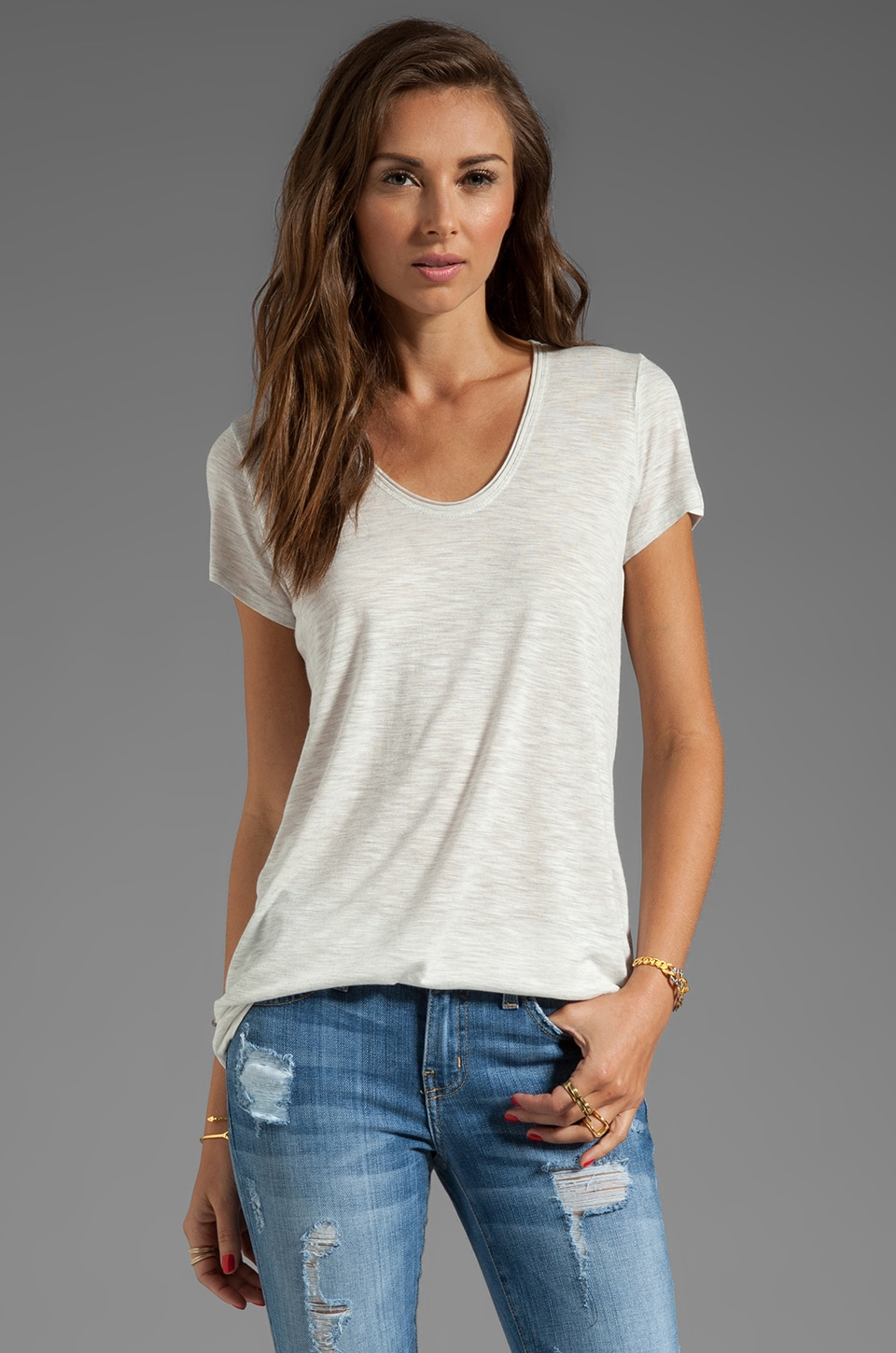 Vince Short Sleeve Rolled V-Neck Tee in White