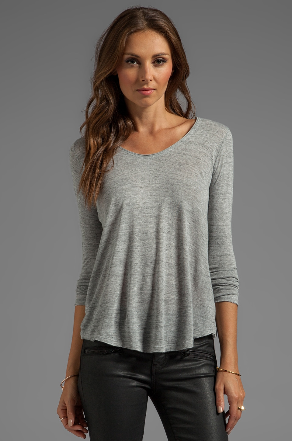 Vince Long Sleeve Vee in Heather Grey