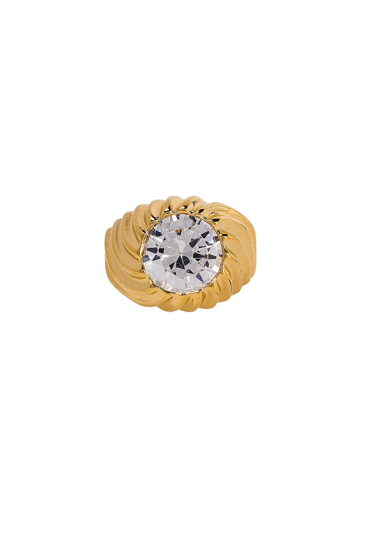 VANESSA MOONEY The Drop Top Ring in Metallic Gold