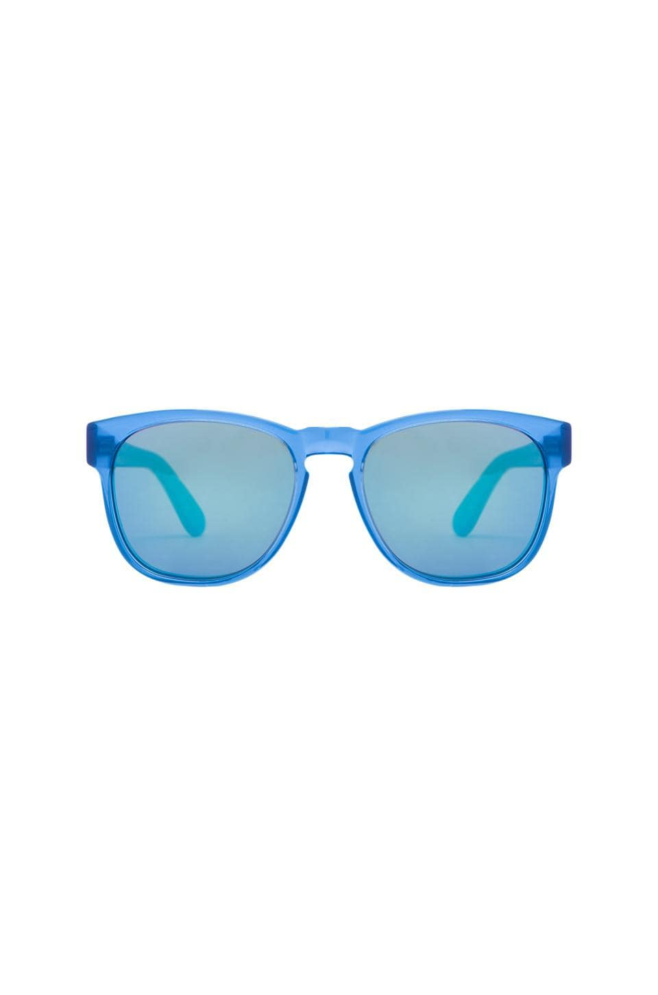 Wildfox Couture Classic Fox 2 Sunglasses in Blue