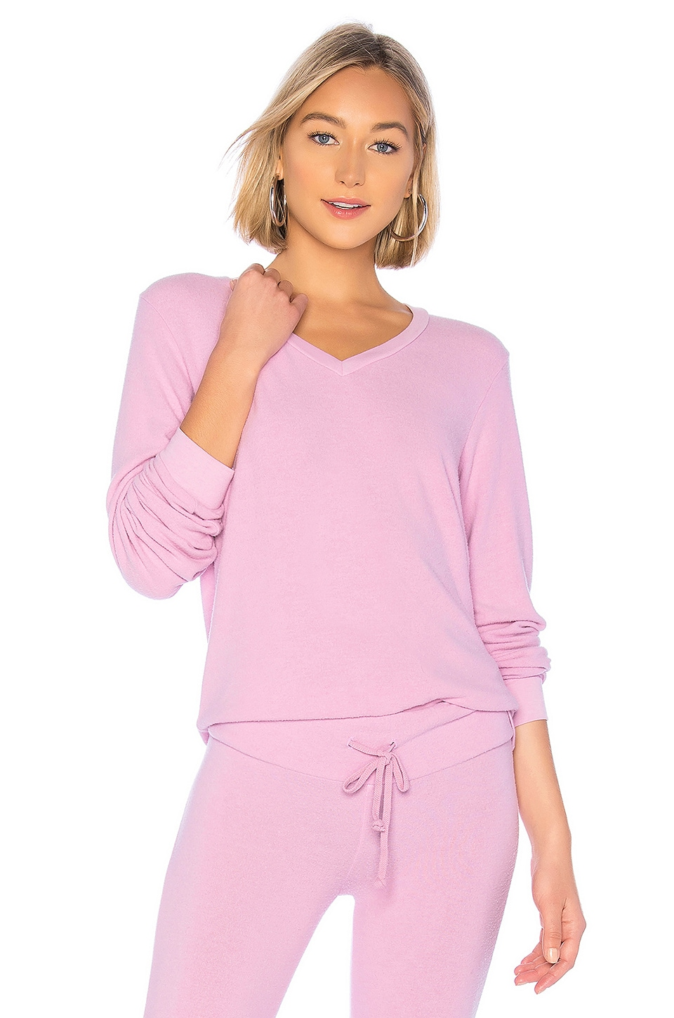 WILDFOX COUTURE Baggy Beach V Sweatshirt in Pink