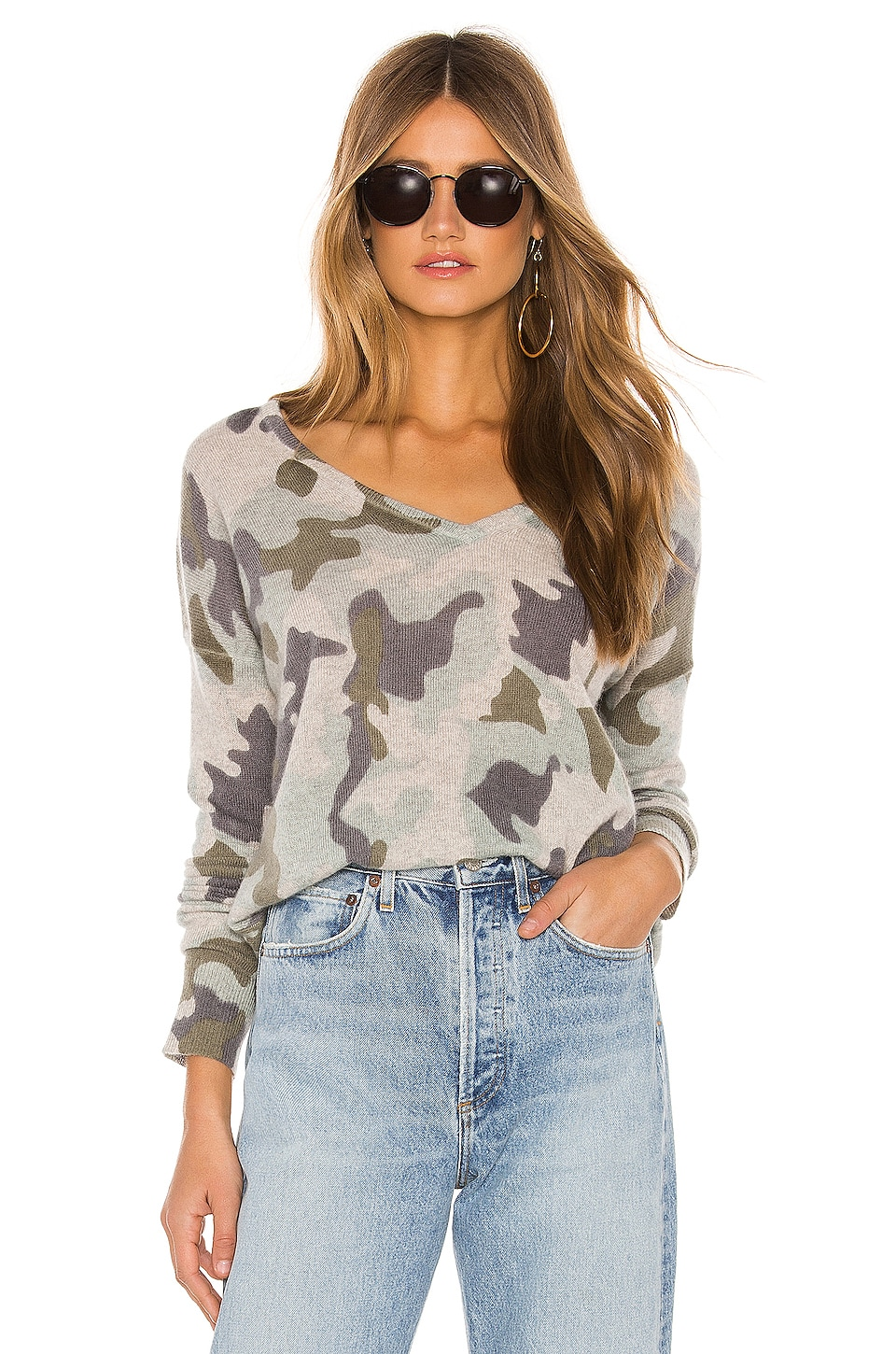 White + Warren Essential Cashmere V Neck in Camo