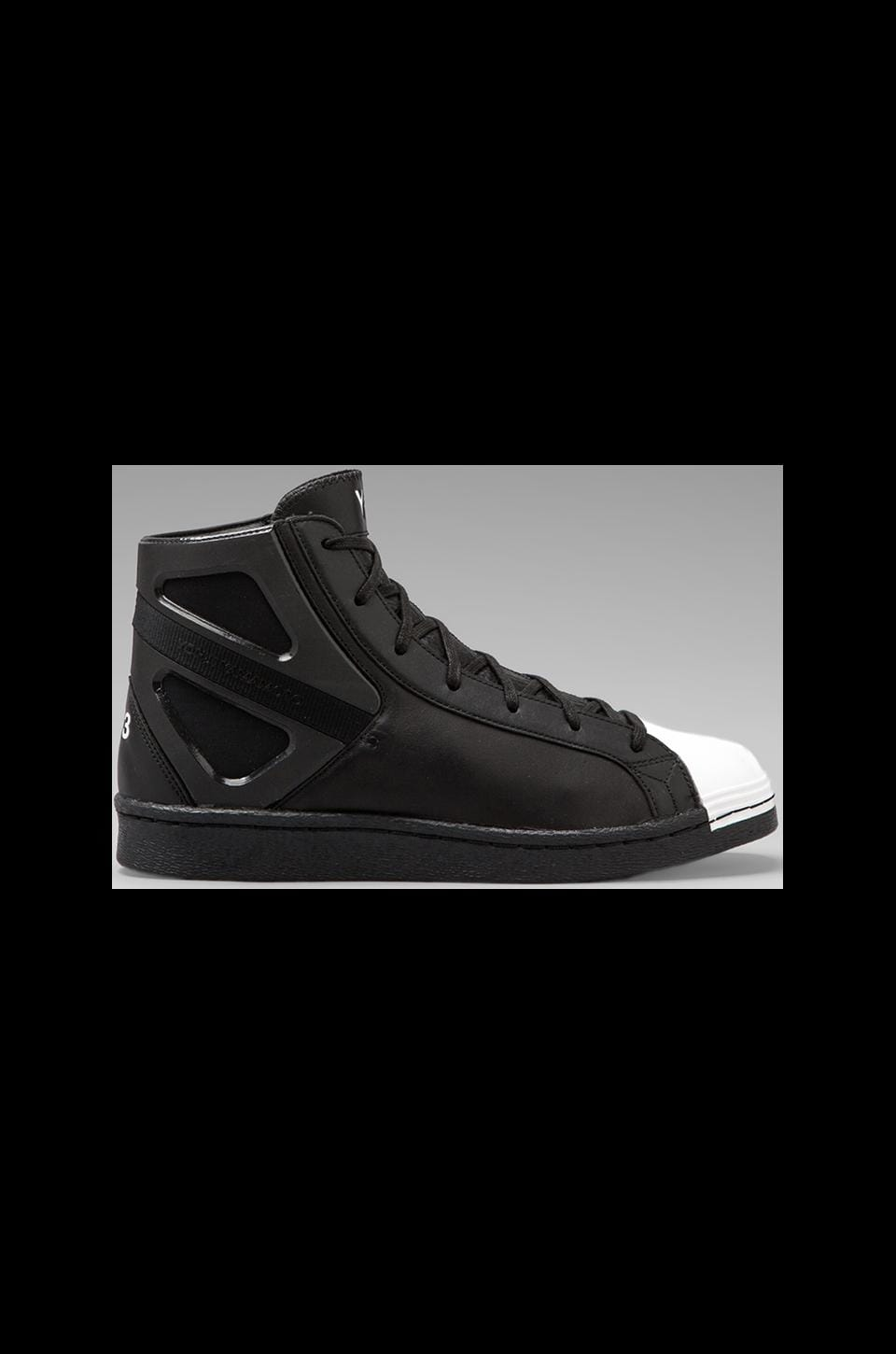 Y-3 Yohji Yamamoto Smooth Model in Black/ Black/ White