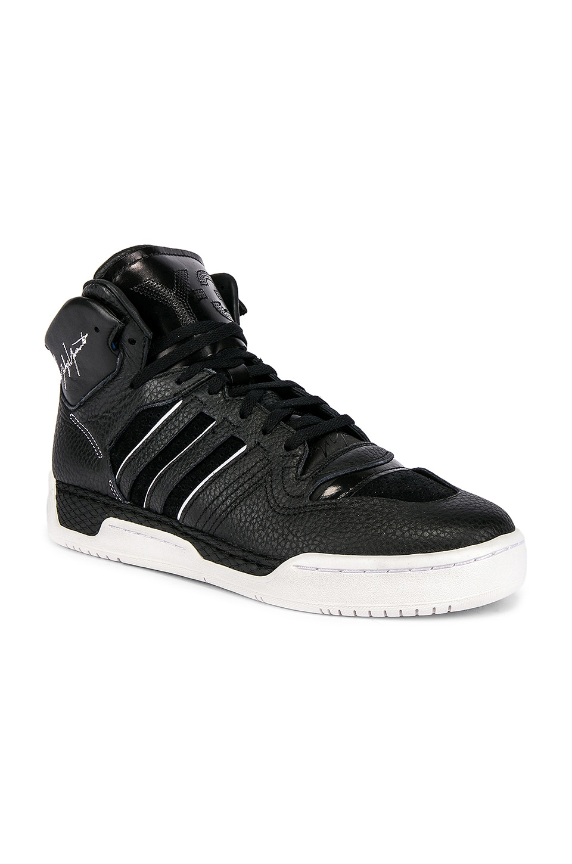 Y-3 Yohji Yamamoto Hayworth Sneaker in Black