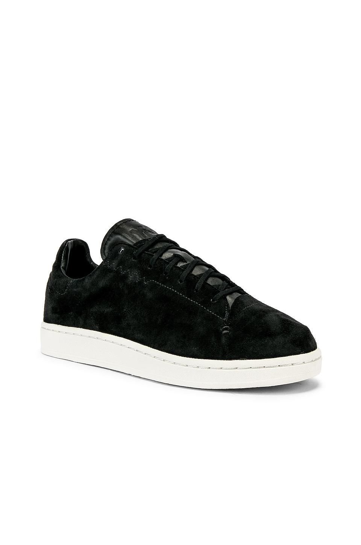 Y-3 Yohji Yamamoto Court Sneaker in Core Black