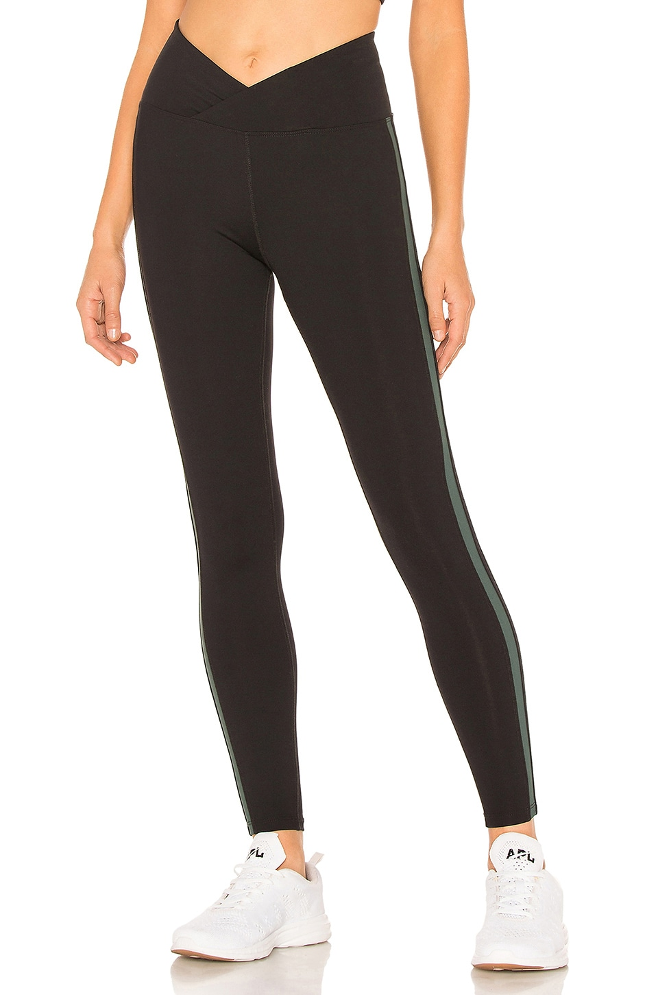 YEAR OF OURS Racer Legging in Black
