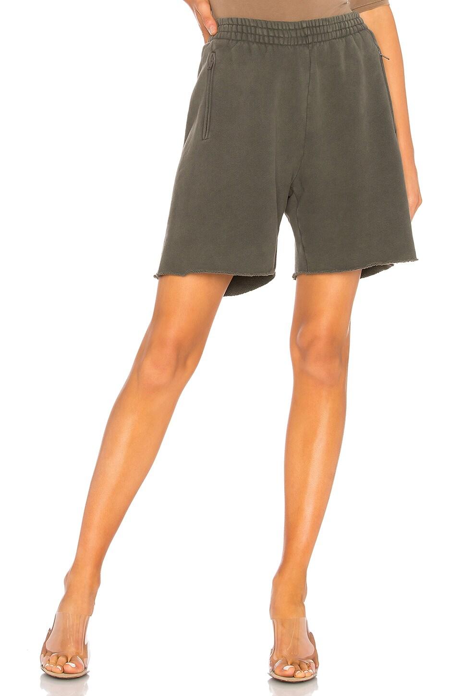 YEEZY Season 6 Basic Sweatshort in Core
