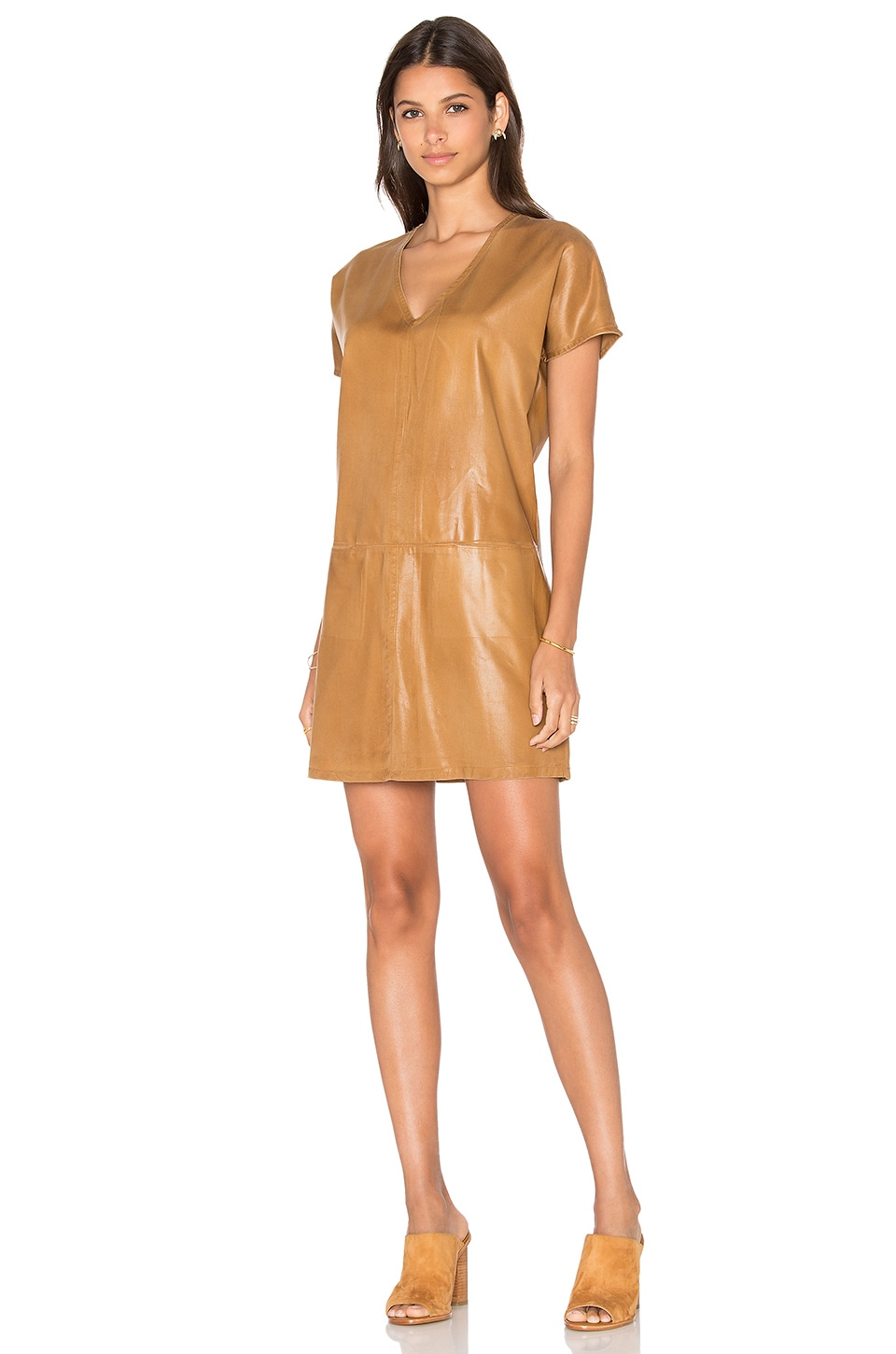 YORK street Pocket Shift Dress in Camel