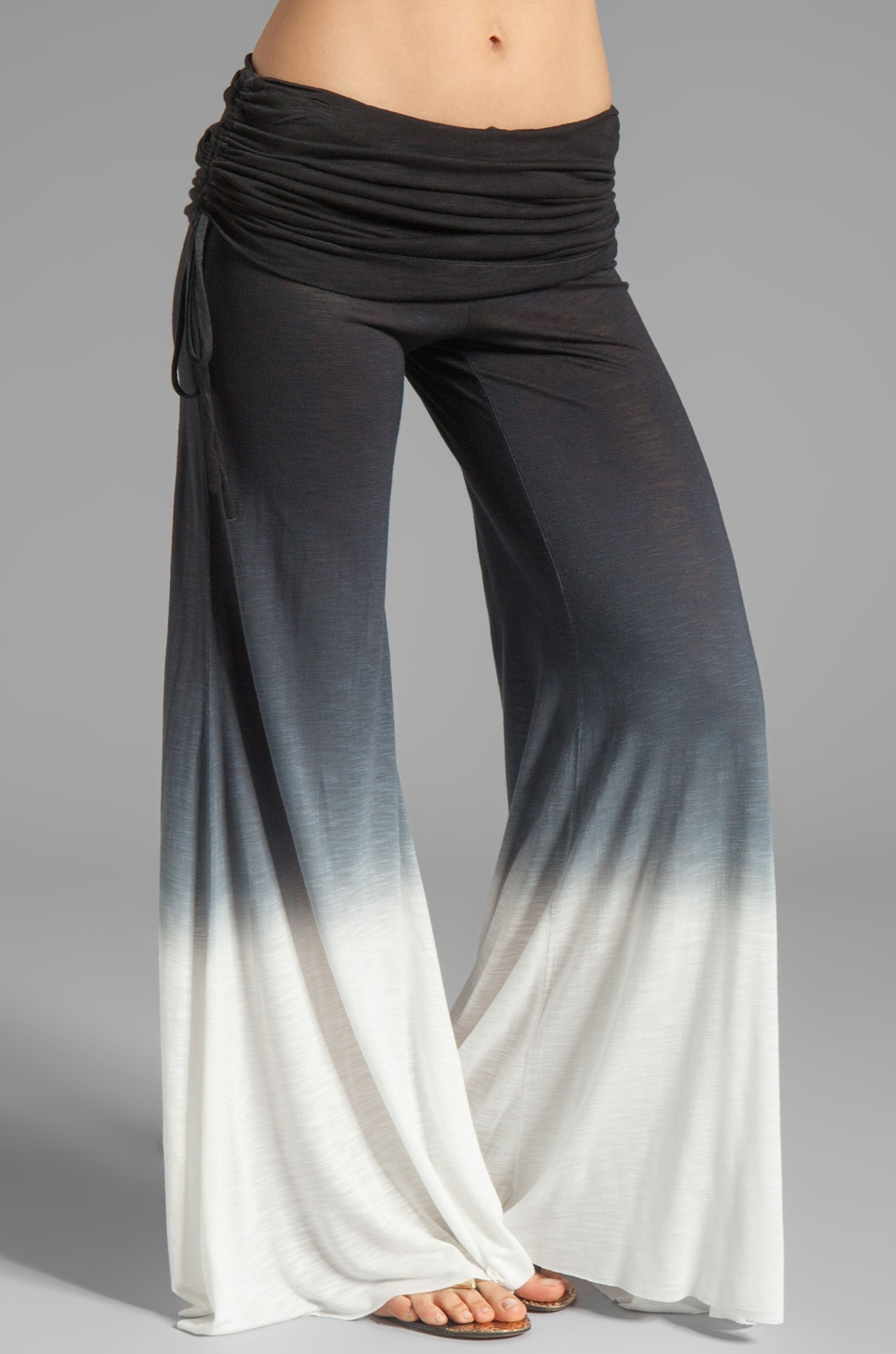 Young, Fabulous & Broke Sierra Ombre Pant in Black