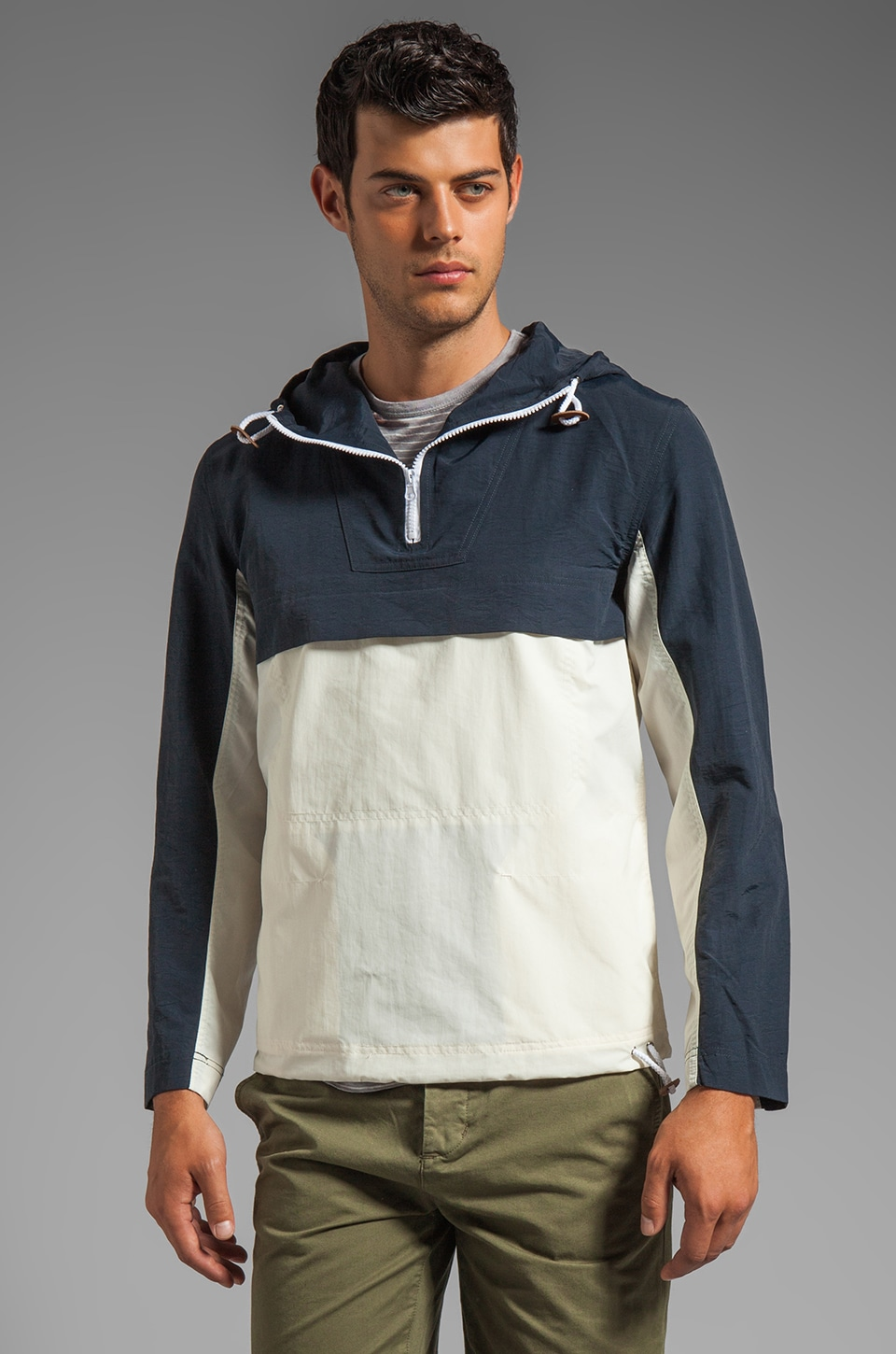 Z.A.K. Pullover Windbreaker in Navy/White