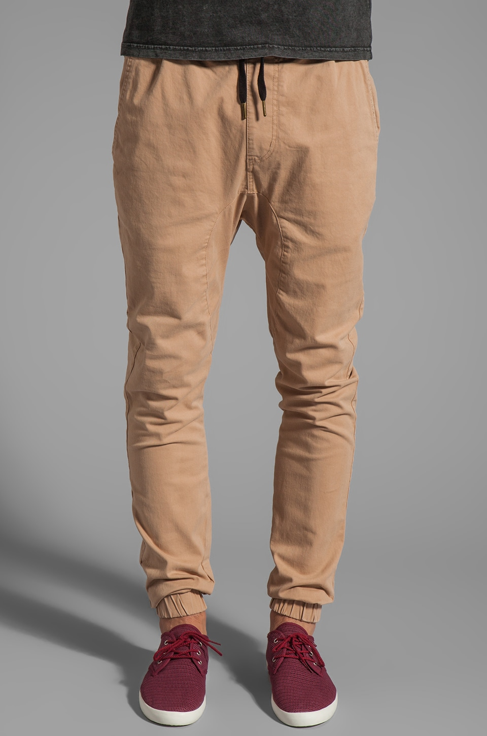 Zanerobe Sureshot Chino in Paprika