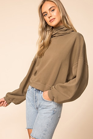Balloon Sleeve Turtleneck Sweatshirt