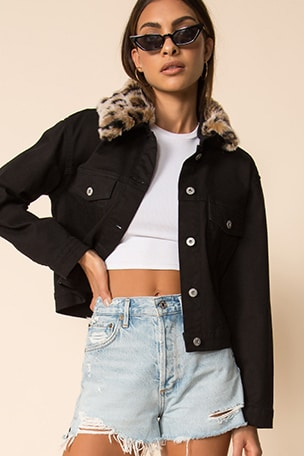 Cant Meow Faux Fur Collar Denim Jacket