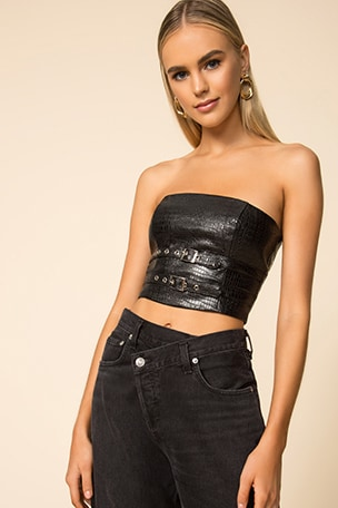 Donna Strapless Buckle Top